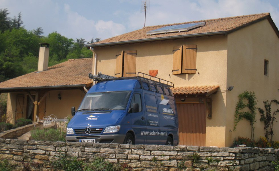 Installation d'un chauffe eau solaire à Azé (71, Saône-et-Loire)