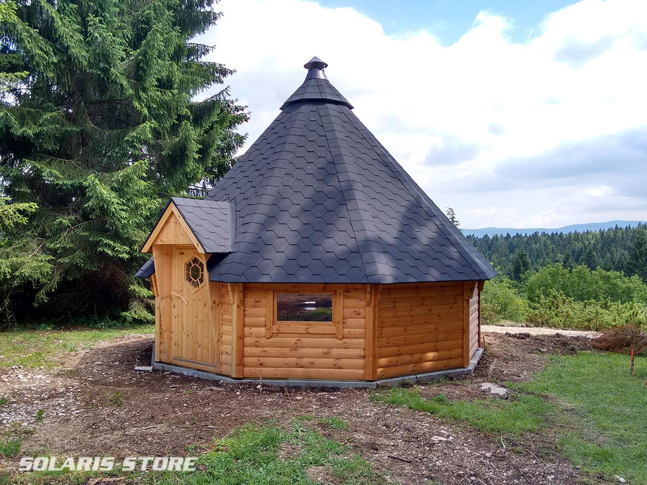 Cabane bois solaire sur un site isolé à Oyonnax (Ain)