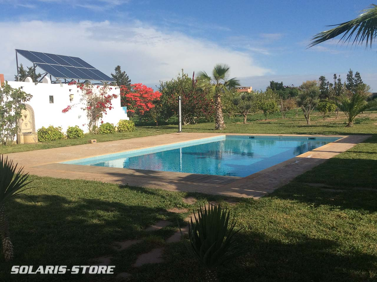 Kit solaire photovoltaïque pour alimenter une pompe de piscine et un système d'arrosage automatique au Maroc